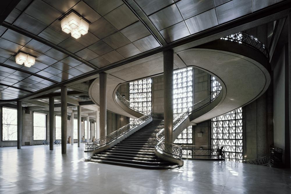 L Escalier Monumental Chef D Oeuvre D Auguste Perret