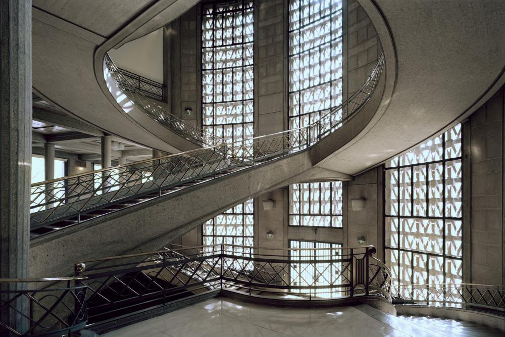 l 39 escalier monumental chef d 39 oeuvre d 39 auguste perret photos multim dia. Black Bedroom Furniture Sets. Home Design Ideas