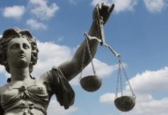 L''influence de la France sur la scène européenne et internationale par la promotion du droit continental