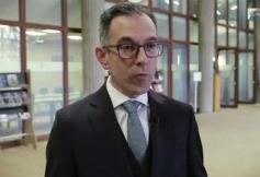 Questions à Guillaume TUSSEAU (constitutionnaliste) - Réconcilier la France