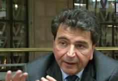 Questions à Pierre LELLOUCHE