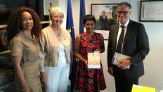 Le CESE a remis son avis sur « L'avant-projet de loi de programmation en faveur de l'égalité réelle outre-mer » à la secrétaire d'Etat chargée de l'Egalité réelle